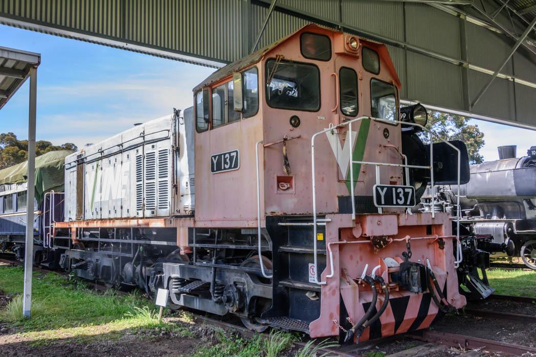 Orange and grey diesel locomotive numbered Y 137